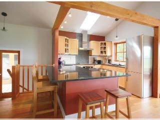 Deertail Guest House with Panoramic Views - Bowen Island vacation rentals