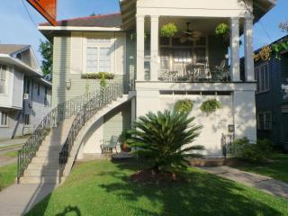 CHARMING HOME, CLOSE TO EVERYTHING - New Orleans vacation rentals
