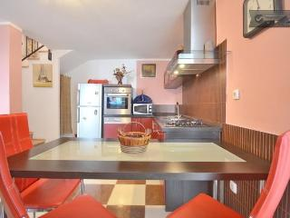 Apartment next to Diocletian Palace - Split vacation rentals