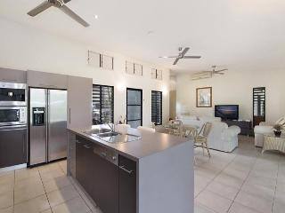 Fantastic 3 bedroom villa surrounded by native gardens in peaceful location - Port Douglas vacation rentals