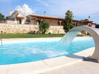 VILLA LUNA with  pool  sleepings 6 - Puglia vacation rentals