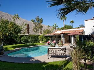 Old World Spanish Charm / Walk to Central Palm Springs - Palm Springs vacation rentals