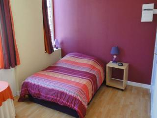 Studio near the subway in Lille - Lille vacation rentals