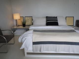Los Feliz Garden Apartment - Venice Beach vacation rentals