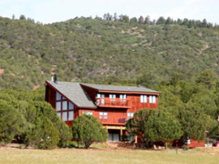 MoonShadow Ranch - 4,300 sq ft + 80 Private Acres - Canon City vacation rentals