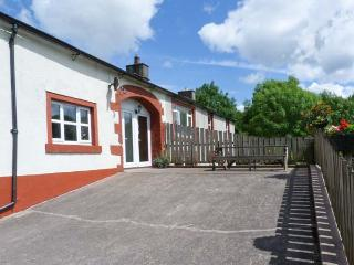BLENG BARN COTTAGE, pet friendly, character holiday cottage, with a garden in Gosforth, Ref 9203 - Gosforth vacation rentals