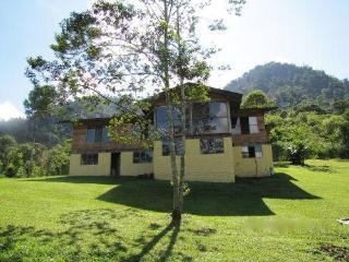 Eco-Country House in the Mindo Cloud Forest - Mindo vacation rentals
