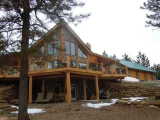 Custom walk-out located in scenic Vanocker Canyon - Nemo vacation rentals