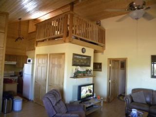 New 2BR+Loft Sleeps 8, NEAR GRAND CANYON - Grand Canyon vacation rentals