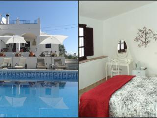 Casa Colina Bed & Breakfast, Comares, Almond Suite - Comares vacation rentals