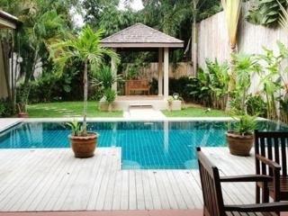 Lovely 3 Bedroom Pool Villa in Rawai - raw31 - Phuket vacation rentals