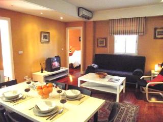 Madrid Most desirable area Espronceda Apartment - World vacation rentals