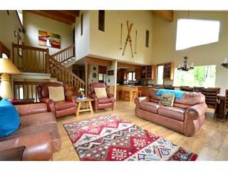 Vasquez Retreat: Beautiful, spacious mountain home, close to everything downtown Winter Park has to offer. - Winter Park vacation rentals