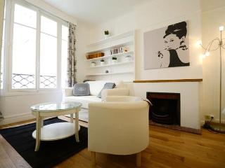 72a59614-b55e-11e1-a208-0019b9ec8777 - Paris vacation rentals
