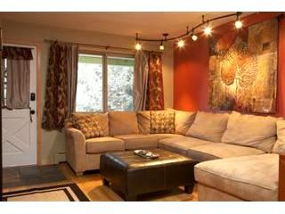 HC1116 Beautifully renovated 1 bedroom condo at Hi Country Haus in downtown Winter Park - Winter Park vacation rentals