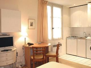 Studio - Paris vacation rentals