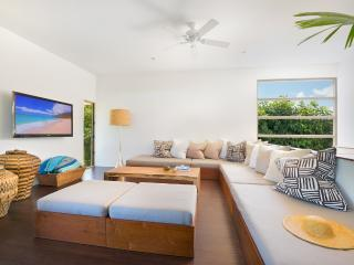 WALK TO BEACH | MODERN LUXURY VACATION HOME 3+Beds - Poipu vacation rentals