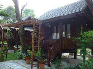 Thai Style Family Bungalow on Koh Samet - Ban Phe vacation rentals