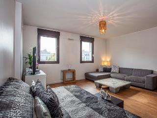 Large studio design-550€/week-Adolphe Mille-apt356 - Paris vacation rentals