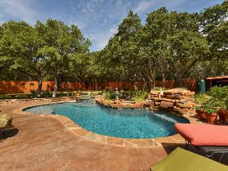 3BD/3BA Lake Travis Retreat with Pool Oasis, Sleeps 7! - Lake Travis vacation rentals