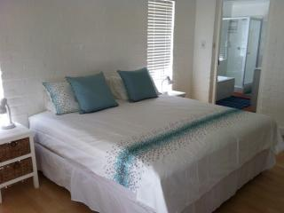 Beach House in sought-after Kommetjie, Cape Town - Kommetjie vacation rentals