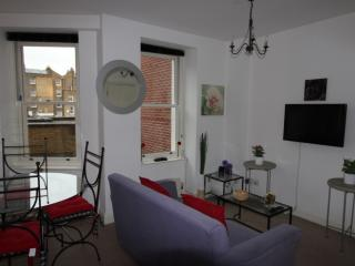 2 BR - Marble Arch / Oxford St (5) - London vacation rentals