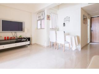 FABULOUS 2 Bdr apartment 1-5 ppl 3 min from MTR - Hong Kong vacation rentals