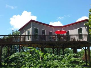 Amazing Central Kentucky, Private Getaway - Paris vacation rentals