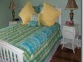 Mount Haven Estate B & B - The Hibiscus Suite - Picton vacation rentals
