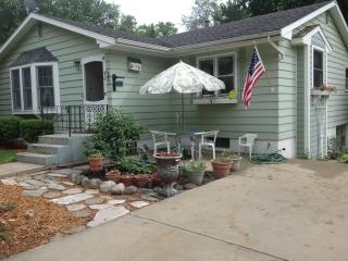 Garden Cottage - Southwest Michigan vacation rentals