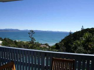 13 Brownell Drive - Wategos Beach - New South Wales vacation rentals
