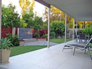51 Cowper Street - Frangipani Beach House - New South Wales vacation rentals