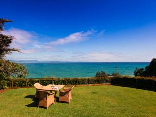 39 Julian Place, Marine Parade Wategos Beach - New South Wales vacation rentals