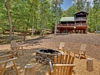 Lazy Bear Den - Aska Adventure Area - North Georgia Mountains vacation rentals