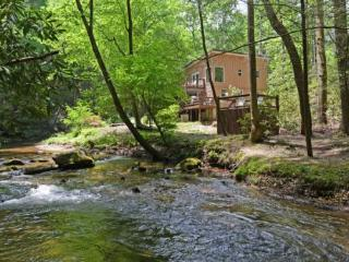 Creeksong - Cashes Valley Fightingtown Creek - Cherry Log vacation rentals