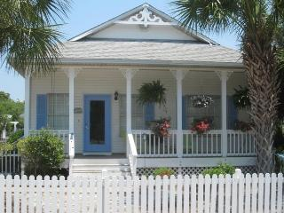 HollybytheSea Clipper Cove Destin - Destin vacation rentals