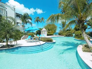 Barbados Villa 115 Part Of The Most Luxurious Beachfront Condominiums On The Exclusive West Coast Of Barbados. - Terres Basses vacation rentals