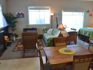 The Garden Room Sequim Retreat - Sequim vacation rentals