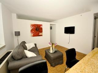 Luxury 2 bedroom Apartment in Midtown South!! - New York City vacation rentals
