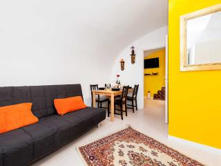 Navoncino apartment cozy in Center city - Rome vacation rentals