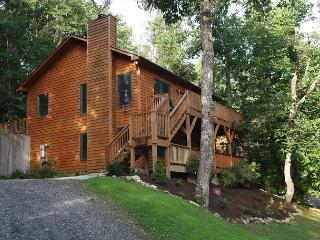 Crescent Dream a great family retreat just minutes from the Parkway - Blowing Rock vacation rentals