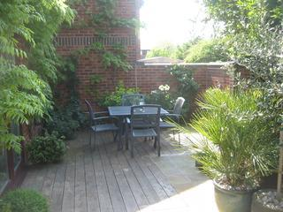 A beautifully presented one bed house, just five minutes from Poole Quay - Poole vacation rentals