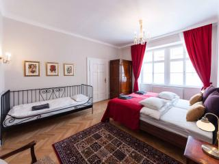 Allegro - New!! Steps away from the Cathedral - Vienna City Center vacation rentals