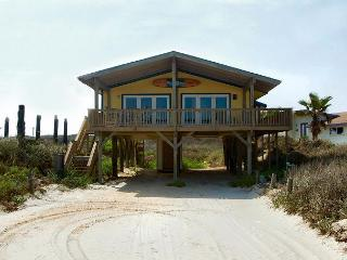 3 bedroom, 3.5 bath home right on the beach! - Port Aransas vacation rentals