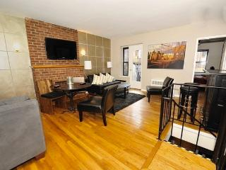 Huge, beautiful 3 bed 2 bath- with outdoor spaces! - New York City vacation rentals
