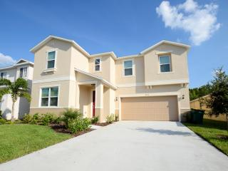 New opening 8BR/5BA pool home,Near Disney,Seaworld - Kissimmee vacation rentals