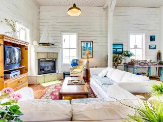 Bandon's Historic River House - Bandon vacation rentals