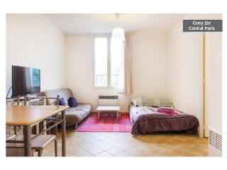 Paris-Great 2 rooms/450sqf/sleeps 4 - Paris vacation rentals