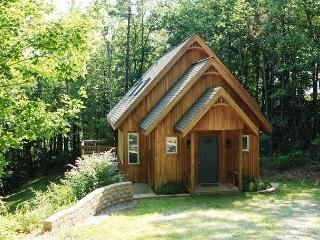 Liberty Hill an adorable, picturesque cabin in the woods, sleeps 9 - Blowing Rock vacation rentals