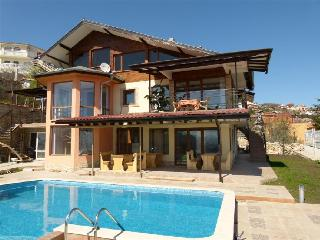Villa Albena Bay View - Dobrich vacation rentals